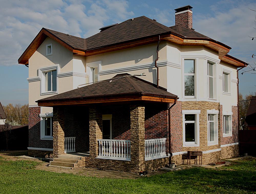 Фото дома с верандой дизайн фасада