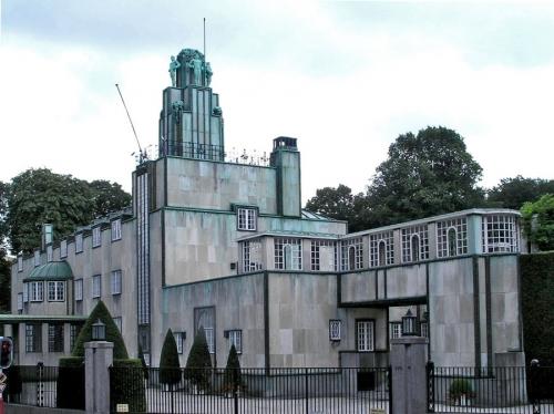 Дом банкира Пале Стокле в стиле модерн. Архитектор И. Хоффманн. Брюссель. 1905—1911 гг.