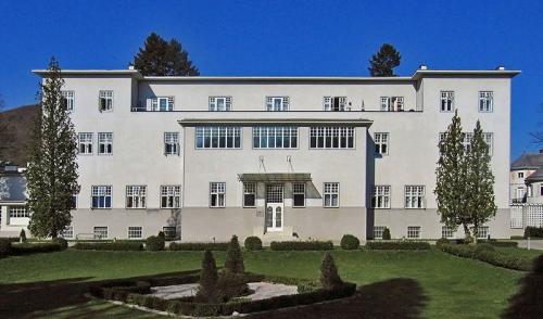 Здание санатория Пуркесдорф (Purkersdorf). Архитектор Хоффманн.